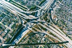 Ideia aérea de uma interseção maciça da estrada no LA Fotografia de Stock Royalty Free