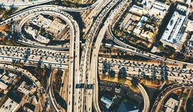 Ideia aérea de uma interseção maciça da estrada no LA Fotos de Stock