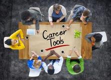 A ideia aérea do grupo multi-étnico com carreira utiliza ferramentas o conceito Imagem de Stock