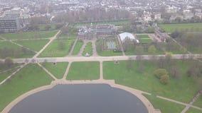 Ideia aérea do vídeo BRITÂNICO da opinião superior 4K UHD do zangão de Londres Hyde Park Reino Unido vídeos de arquivo