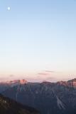 Ideia cênico do panorama da montanha com o Alpenglow na noite fotografia de stock royalty free