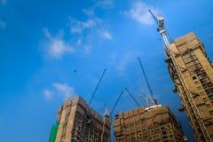 Ideia da construção da construção residencial do multi-andar condo imagem de stock