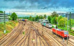 Ideia da estação de trem ocidental de Aix-la-Chapelle em Alemanha Imagens de Stock Royalty Free