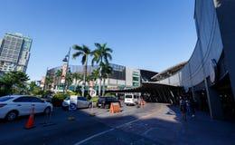 Ideia da estrada da entrada do mercado! Mercado! em BGC, cidade de Manila Imagens de Stock