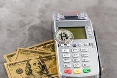 Ideia da imagem virtual do conceito do cryptocurrency imagens de stock royalty free
