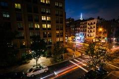 Ideia da interseção da 9a avenida e da 2a rua na noite Fotos de Stock Royalty Free