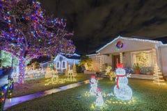 Ideia da noite do Natal bonito nos doces Cane Lane Fotos de Stock Royalty Free