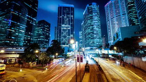 Ideia da noite do tráfego de cidade moderno Lapso de tempo Hon Kong video estoque