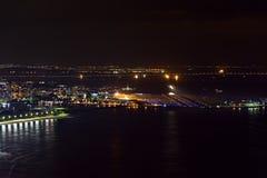 Ideia da noite da parte superior do aeroporto de Santos Dumont foto de stock