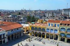 Ideia da praça da cidade velha em Havana, Cuba fotografia de stock