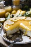 Ideia da receita da fotografia do alimento do chessescake do limão foto de stock