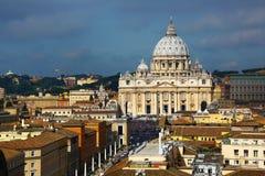 Ideia de ângulo alto do quadrado de StPeter, Roma Imagens de Stock