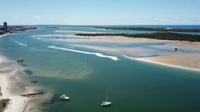Ideia de Broadwater do mar Queenslan de Southport, Gold Coast Southport que olha para o broadwater video estoque