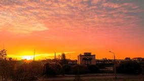 Ideia de lapso de tempo do nascer do sol, nuvens tormentosos vídeos de arquivo