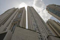 Ideia de perspectiva do complexo do arranha-céus fotografia de stock royalty free