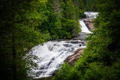 Ideia de quedas triplas, na floresta do estado de Du Pont, North Carolina Fotos de Stock