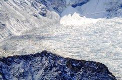 Ideia do acampamento base de Everest da cimeira da montanha de Kala Patthar fotos de stock royalty free