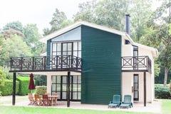 Ideia do exterior de uma casa moderna bonita fotografia de stock