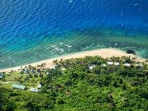 Ideia do litoral da ilha de Wayasewa do vulcão de Vatuvula, Yasawas, Fiji imagens de stock royalty free