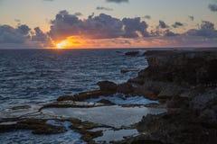 Ideia do nascer do sol sobre o oceano do cabo foto de stock