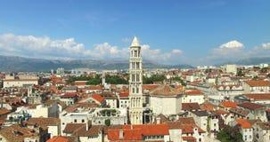 Ideia do passeio do porto e da frente marítima o 24 de julho de 2013 na separação, Croácia video estoque