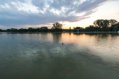 Ideia do por do sol de enfileirar o local de encontro na cidade de Plovdiv, Bulgária imagem de stock royalty free