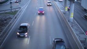 Ideia do tráfego rodoviário da ponte vídeos de arquivo