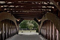 Ideia interior de ponte coberta da estrutura imagem de stock royalty free