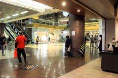 Ideia interna do terminal de ônibus da autoridade portuária em Manhattan fotografia de stock royalty free