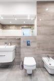 Ideia luxuoso do banheiro do travertino Imagem de Stock