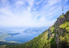 Ideia panorâmico da paisagem da lucerna do lago e das cordilheiras do ponto de vista de Rigi Kulm, lucerna, Suíça, Europa Foto de Stock Royalty Free