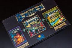 Ideia superior do jogo de cartas colorido da construção da plataforma da autoridade a caixa grande foto de stock royalty free