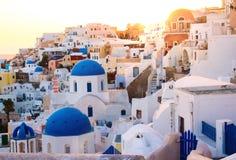 Ideia surpreendente de um nascer do sol de Santorini Imagem de Stock