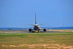 Ideia traseira do plano de Ryanair imagem de stock