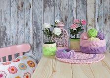 Ideias feitas malha da decoração para a casa Imagem de Stock Royalty Free