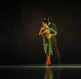 Identidade da intimidade- do abraço do drama da dança do mistério-tango Fotografia de Stock