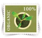 Identifichi per vari annunci di prodotti biologici stilizzati come bollo della posta immagini stock libere da diritti