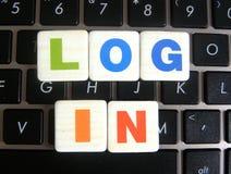 Identifiez-vous de Word sur le fond de clavier photos stock