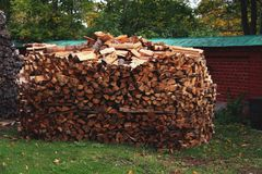 Identifiez-vous en bois le yard images libres de droits