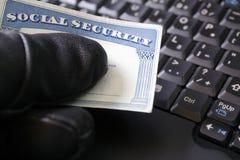 Identitätsdiebstahl und Sozialversicherungkarte Lizenzfreie Stockfotos
