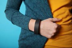 Identyfikacji bransoletki koncertowy czarny szablon, r?ki ochrony wristband szpitalny mockup zdjęcie royalty free