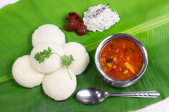Idli, sambar, coconut and lime chutney Stock Photography
