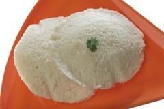 Idli van het zuiden Indische snelle voedsel met korianderblad stock fotografie