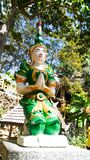 Idol zieleń Thailand pobyt na bloku fotografia stock