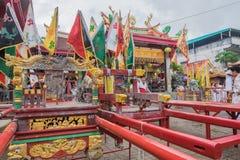Idolo di Dio di cinese dell'alloggio di Palanquin a Jui Tui Shrine a Phuket V Immagine Stock Libera da Diritti