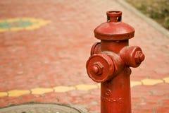 Idrante antincendio rosso Fotografia Stock Libera da Diritti