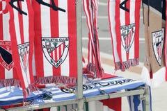 Idrotts- emblem för klubbafotbolllag som broderas på några scarves Royaltyfria Bilder