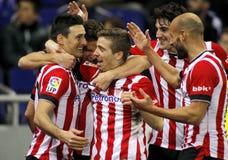 Idrotts- spelare för de som Bilbao firar mål Royaltyfri Fotografi