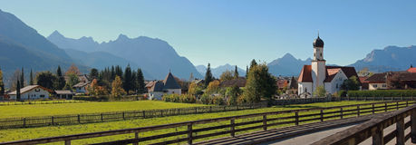 Idyllic wallgau village in the bavarian alps Stock Photography