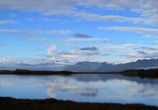 Idylliczny Islandzki jezioro Zdjęcia Royalty Free
